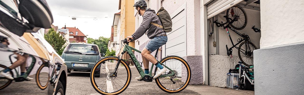 Die Fahrt zur Arbeit auf einem Focus e-Bike