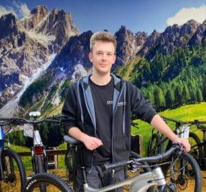 • leidenschaftlicher Mountainbiker<br> • ausgebildeter Mechaniker