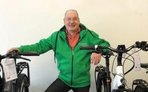• Drei Jahrzehnte Erfahrung in der Branche <br>• Kundenzufriedenheit steht an erster Stelle • großer Rad und e-Bike Fan