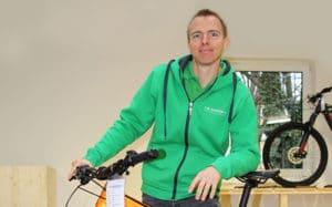 • Passionierter Radfahrer und e-Biker<br>• Kundenorientierung und Freundlichkeit <br>• Hat das Hobby zum Beruf gemacht